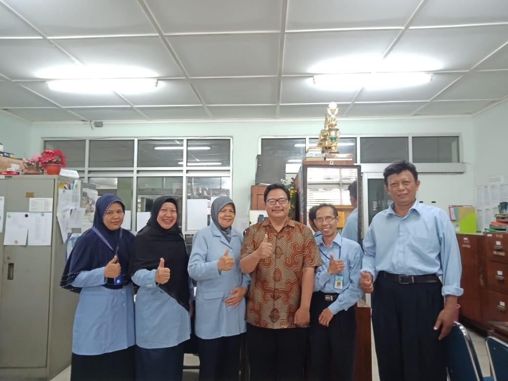 Bapak Julianto, Alumni Teknik Kimia 90 Bersilaturahmi Ke Jurusan Teknik Kimia IST AKPRIND