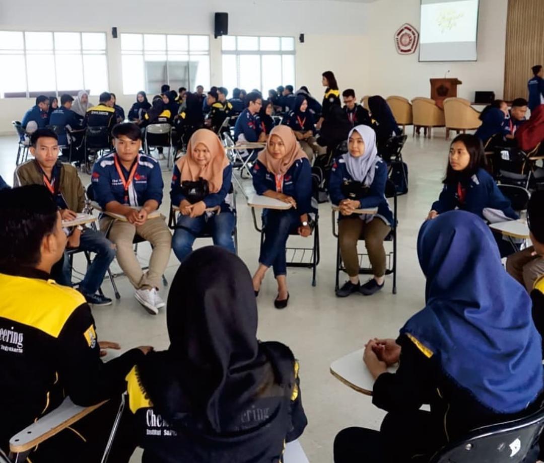 Mahasiswa Teknik Kimia UISI Lakukan Studi Banding ke Teknik Kimia IST AKPRIND Yogyakarta